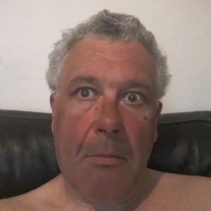Homme poivre et sel chaud de55ans àSaint-Maur-des-Fossés